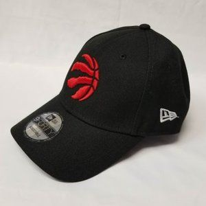 BLACK/RED TORONTO RAPTORS ADJUSTABLE CAP